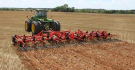 KUHN Krause 4000 Chisel Plows at work