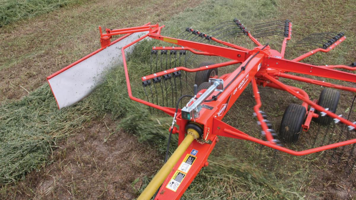 KUHN Single-Rotor Rotary Rakes | Kuhn