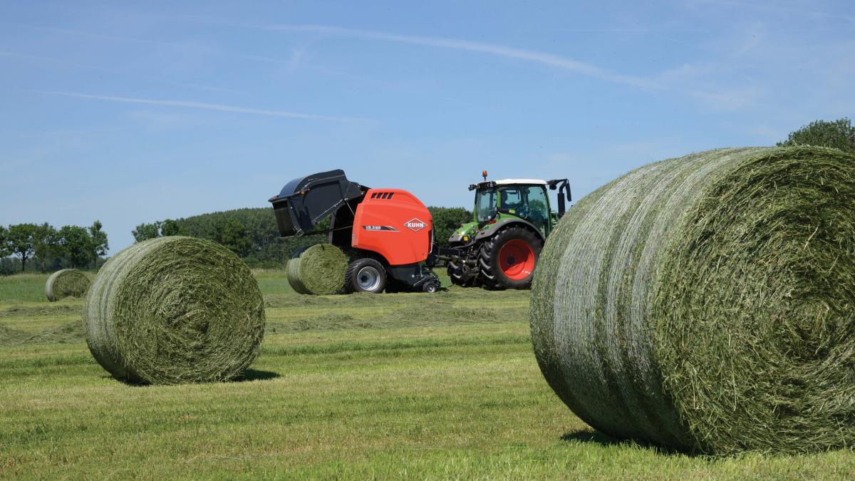 Fast, Simple & Reliable - KUHN VB 3100 Series Round Balers | Kuhn