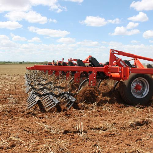 KUHN Krause 4000 Chisel Plows – Durable and Economical | Kuhn